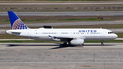 N428UA - Airbus A320-232 - United Airlines