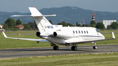 I-MFAB - Hawker Beechcraft 900XP - Private