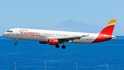 EC-JLI - Airbus A321-211 - Iberia Express