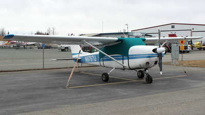N8767U - Cessna 172F Skyhawk - Private