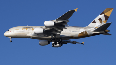 A picture of A6APF - Airbus A380861 - Etihad Airways - © Jose R. Ortiz