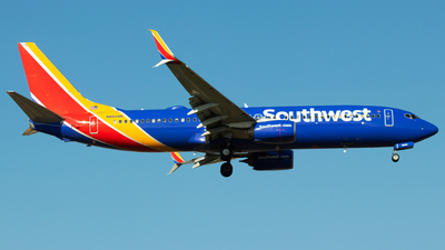 A picture of N8608N - Boeing 7378H4 - Southwest Airlines - © Andrew Jeng