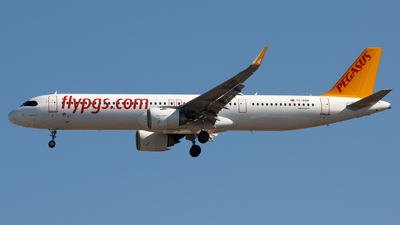 A picture of TCRBB - Airbus A321251NX - Pegasus Airlines - © MBekir CKMK