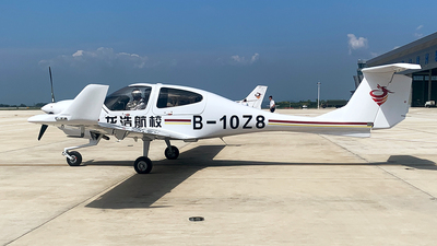 B-10Z8 - Diamond DA-40NG Diamond Star - LongHao Air Training School