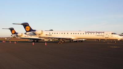 A picture of DACKI - Mitsubishi CRJ900LR - Lufthansa - © Christian Weber