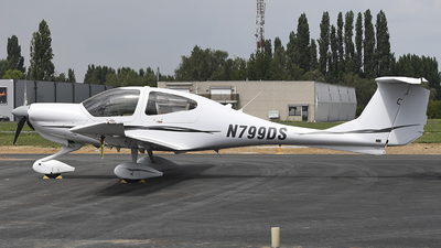 N799DS - Diamond DA-40 Diamond Star XL - Private