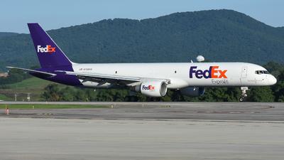 N790FD - Boeing 757-222(SF) - FedEx