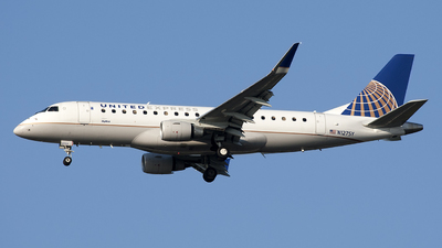 N127SY - Embraer 170-200LR - United Express (SkyWest Airlines)