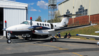 ZS-OED - Beechcraft B200 Super King Air - Private