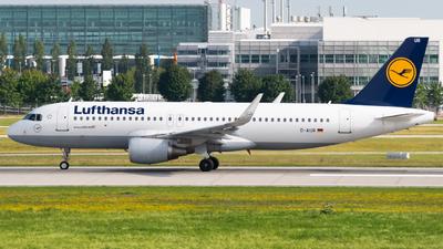 A picture of DAIUR - Airbus A320214 - Lufthansa - © Lars Kämena