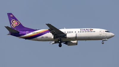HS-TDD - Boeing 737-4D7 - Thai Airways International
