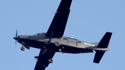 A picture of N571TW - Cessna 208B Grand Caravan - [208B5571] - © Buzu