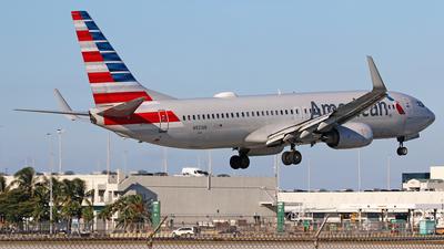 N921AN - Boeing 737-823 - American Airlines