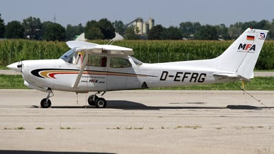 D-EFRG - Cessna 172RG Cutlass RG - Munich Flight Academy
