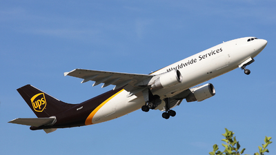 N124UP - Airbus A300F4-622R - United Parcel Service (UPS)