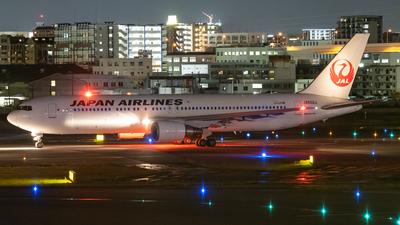 JA602J - Boeing 767-346(ER) - Japan Airlines (JAL)