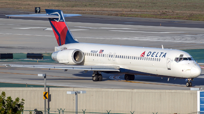 N925AT - Boeing 717-231 - Delta Air Lines