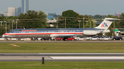 N76201 - McDonnell Douglas MD-83 - American Airlines