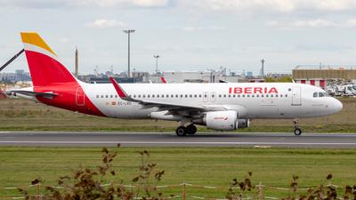 A picture of ECLVD - Airbus A320216 - Iberia - © Willem GRANNAVEL