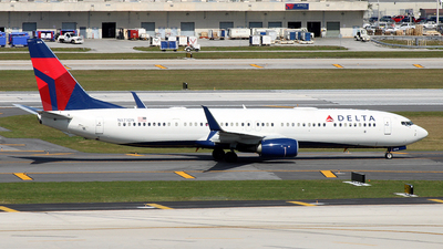 A picture of N873DN - Boeing 737932(ER) - Delta Air Lines - © Nigel Steele