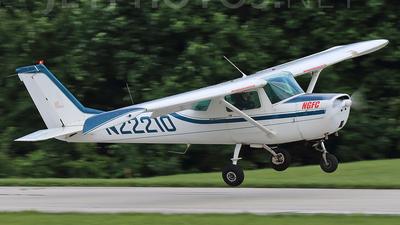 N22210 - Cessna 150H - Private