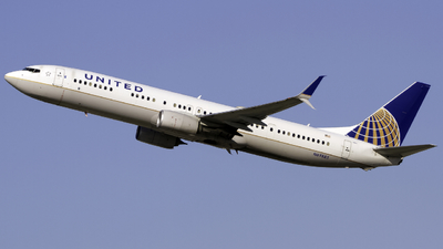 A picture of N69885 - Boeing 737924(ER) - United Airlines - © Andrew Seong