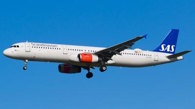 LN-RKK - Airbus A321-232 - Scandinavian Airlines (SAS)