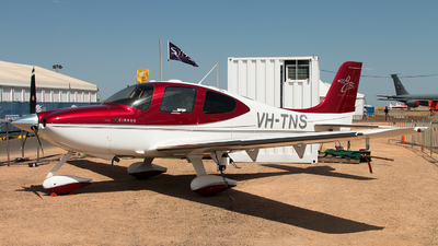 A picture of VHTNS - Cirrus SR22 - [3136] - © Michael Walter