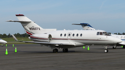 N980TX - Raytheon Hawker 900XP - Private