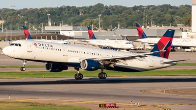N347DN - Airbus A321-211 - Delta Air Lines