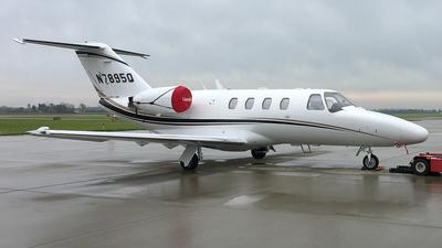 A picture of N7895Q - Cessna 525 CitationJet CJ1 - [5250405] - © Alex Pegram