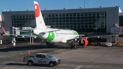 XA-VIQ - Airbus A320-271N - VivaAerobus