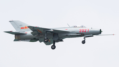 2027 - Chengdu J-7 - China - Air Force
