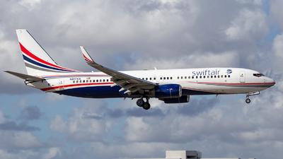 N917XA - Boeing 737-86J - Swift Air