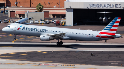 A picture of N153UW - Airbus A321211 - American Airlines - © Saul Hannibal