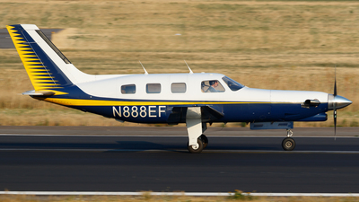 N888EF - Piper PA-46-310P Malibu - Private