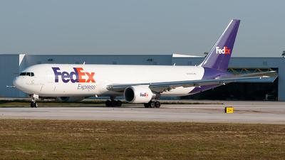 N140FE - Boeing 767-3S2F(ER) - FedEx