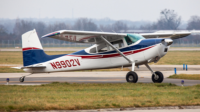A picture of N9902V - Cessna 180H - [18051754] - © Radim Koblížka