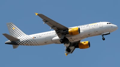 A picture of ECMUM - Airbus A320214 - Vueling - © Filippo Novello