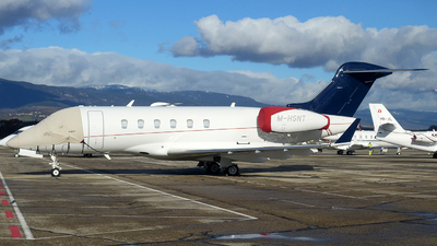 M-HSNT - Bombardier BD-100-1A10 Challenger 300 - Private