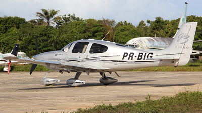 PR-BIG - Cirrus SR22 - Private