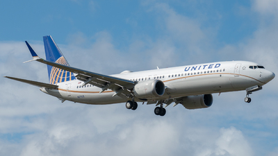 N27515 - Boeing 737-9 MAX - United Airlines