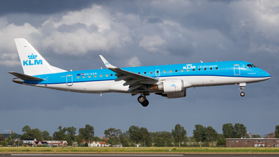A picture of PHEZR - Embraer E190STD - KLM - © Matteo Lamberts