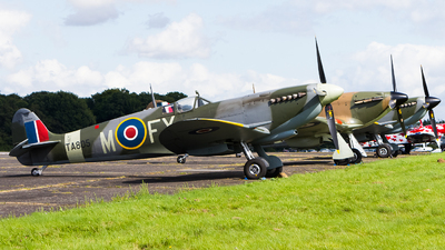 G-PMNF - Supermarine Spitfire LF.IX - Private