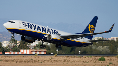 A picture of EIDYD - Boeing 7378AS - Ryanair - © Fernando Roca