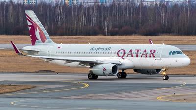 A picture of A7AHS - Airbus A320232 - Qatar Airways - © Alexander Lebedev