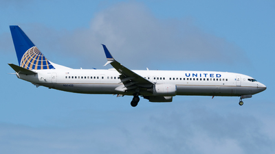 N37422 - Boeing 737-924ER - United Airlines