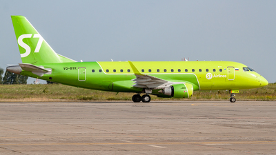 A picture of VQBYK - Embraer E170LR - S7 Airlines - © Yan Syrbo