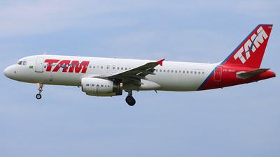 PR-MAA - Airbus A320-233 - TAM Linhas Aéreas