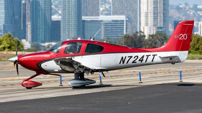 N724TT - Cirrus SR20-G3 GTS - Private